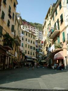 Riomaggiore main street
