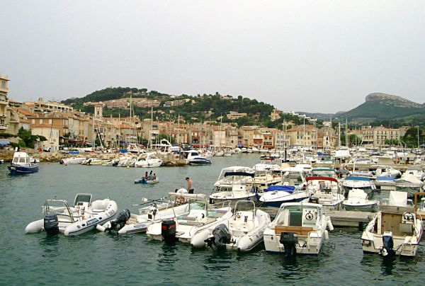 Cassis Harbour