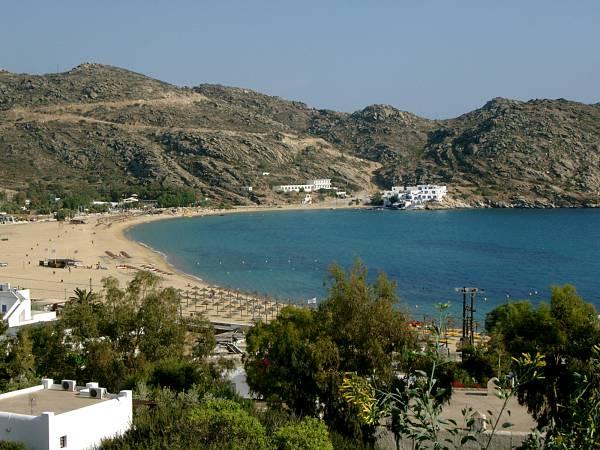 Milopotas Beach