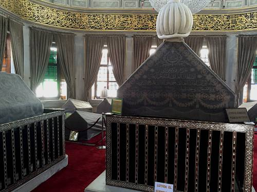 Sultan Abdulhamid 1 coffin